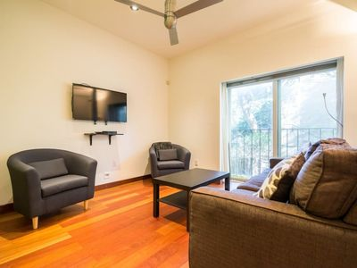 Photo for Downtown House near Distillery District and St Lawrence Market! Family Friendly!