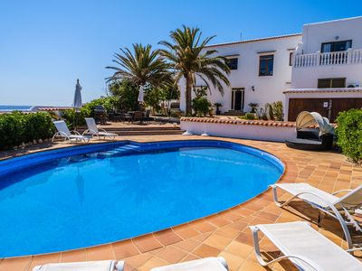 Photo for Air-Conditioned Villa by the Sea with Wi-Fi, Pool, Garden and Terrace; Parking Available