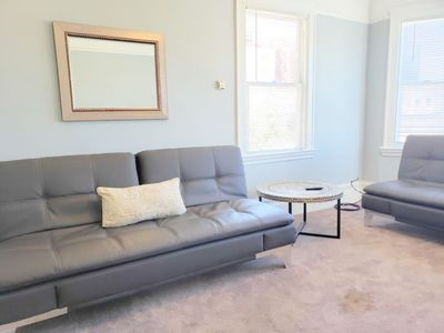 Photo for Apartment 3 BD Downtown in Oakland - 10 persons, 3 bedrooms
