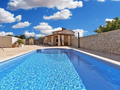 Photo for Holiday house Galizana for 6 - 8 persons with 3 bedrooms - Detached holiday house