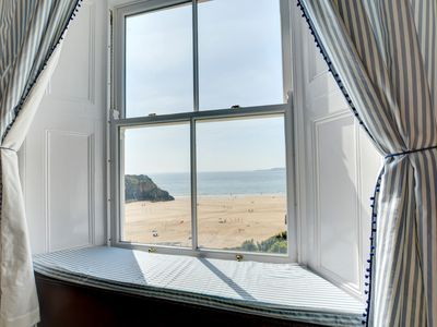 Photo for Island View offers impressive coastal views from most rooms thanks to its enviable location in Tenby