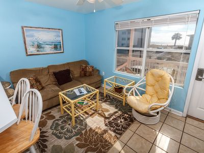Photo for 204 Tropical Isle: 1 bedroom w/2 queen beds, Steps to Beach!