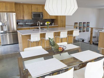3 Bed Modern House in Tremont