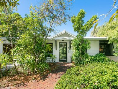 Photo for Canal Front Cottage Anna Maria