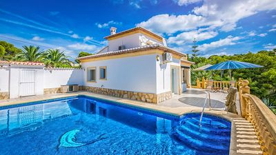 Photo for Sunshine House, Javea - Swimming pool, air conditioning, Wifi and satellite TV.