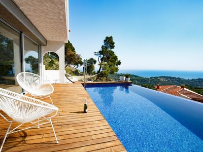 Photo for 3 bedroom Villa, sleeps 6 in Lloret de Mar with Pool, Air Con and WiFi