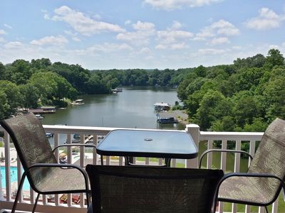 Photo for POOL, BOAT LAUNCH, UPDATED 1 BEDROOM, GRILLS, PICNIC