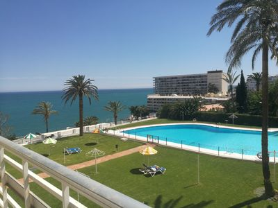 Photo for Light and comfortable apartment with sea view in La Torra Roca, Torremolinos