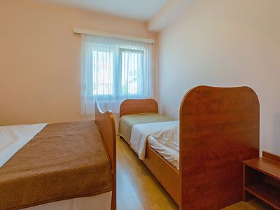 Photo for Apartment Delfin in Karlobag - 6 persons, 3 bedrooms