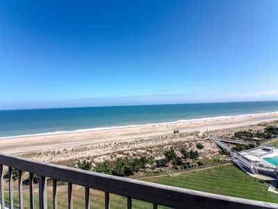 909 Dover House, Sea Colony East - View