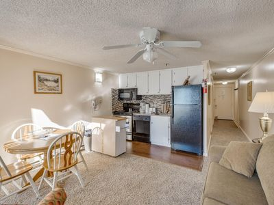 Photo for Free parking and Hot Tub* Renovated, Deluxe ML#237;1BR/1Bath*Ski in/Out