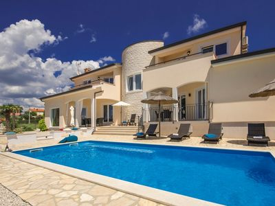 Photo for Luxury Villa Vista Fantastica with Pool and Garden