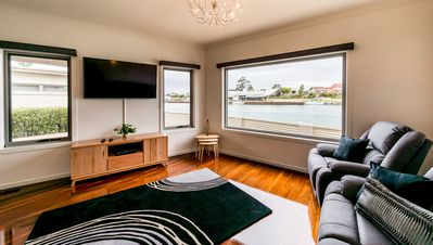 Photo for Leven River Retreat Accommodation