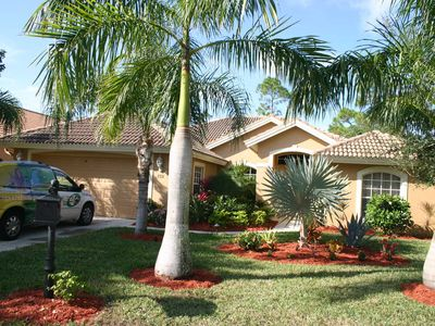 Photo for Tastefully Decorated 4 bedroom 3 Bath home with pool and spa in Briarwood