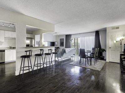 Photo for Beautifully Furnished Unit Only 10 Minutes From The Strip!