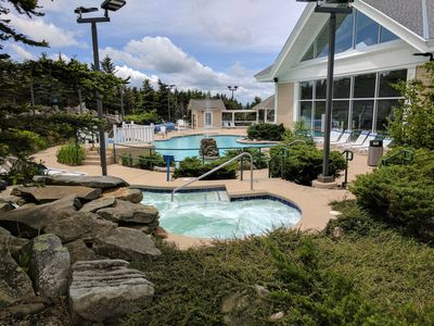 Photo for Free parking, Wifi and Hot Tub*,Slope Side, Deluxe; ML#366, 1BR/1Bath*Ski in/Out