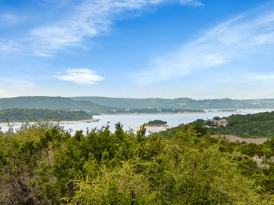 Photo for Awesome Villa at Hollows Resort, great Hill Country &  Lake Travis view, lakefront access, Beach Club & Grill, 4 pools - infinity, hot tub, 2 spa pools, Marina, Boat/Jet Ski rentals, 15 miles Trails