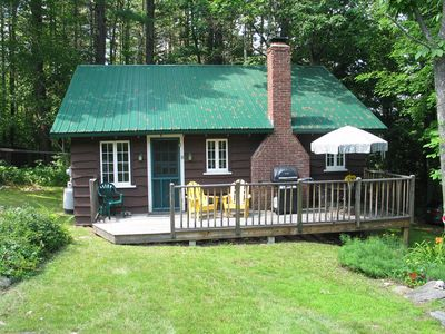 Photo for Cozy, lodge-style cottage in wooded, quiet lakeside neighborhood