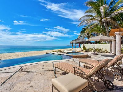 Photo for Beachfront 3bd eclectic home. Pet friendly.