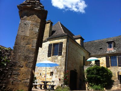 Photo for Country house, sleeps 8, quiet, nature and relaxation, Sarlat-la-Caneda