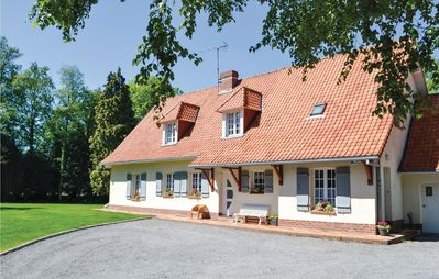 Photo for 4 bedroom accommodation in Campagne les Hesdin