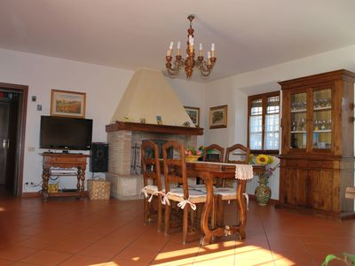 Photo for Splendid Tuscany farmhouse near Monteriggioni