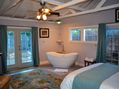Photo for Romantic Cottage in Heart of Sonoma Wine Country