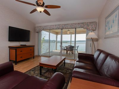 Photo for Lakeview Condo w/ Indoor / Outdoor Resort Pools, Mini Golf & Near Downtown