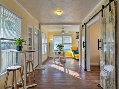 Photo for NEW! Charming Apt in Historic Kenwood, 3 Mi to Bay