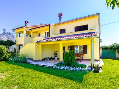 Photo for 3 bedroom Apartment, sleeps 7 in Grandići with Air Con and WiFi