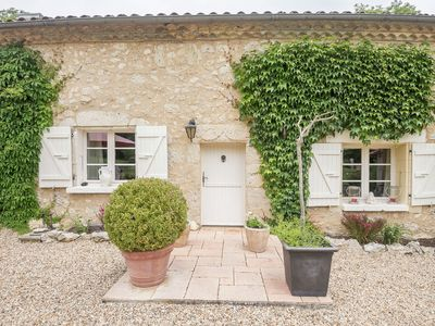Photo for Gorgeous farmhouse with plenty of atmosphere, and a large swimming pool.