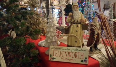 All hearts really do come home to Leavenworth at Christmas!