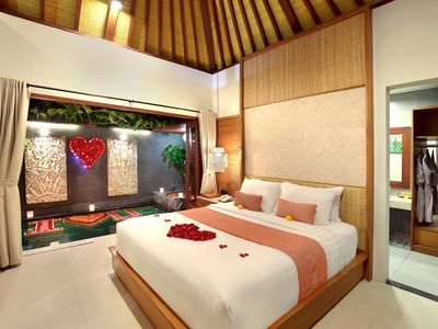 Photo for Romantic 1 Bedroom Villa in Legian (6);