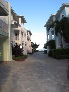 7 homes in a gated community.  Driveway to beach.