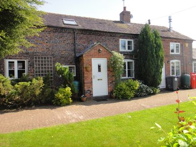 Photo for Delightful North Staffs family country cottage