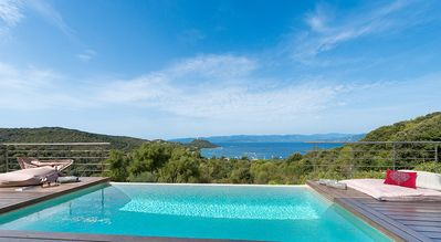 Photo for Luxury villa with air-conditioning and infinity pool-breathtaking sea view