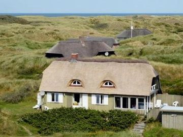 Old Nordic holiday house, 200m from the beach