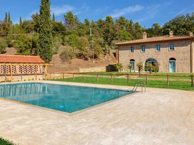 Photo for 6 bedroom Villa, sleeps 10 in Fonte del Mazza with Pool, Air Con and WiFi
