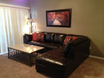 Remodeled/No Stairs/Golf Course View/Close to Branson Landing