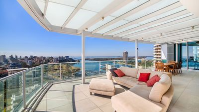 Photo for Reflections - Coolangatta ultimate luxury