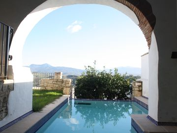Family friendly traditional all mod cons in centre of village with infinity pool