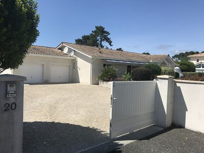 Photo for Holiday house Bassin d'Arcachon ARES 33740