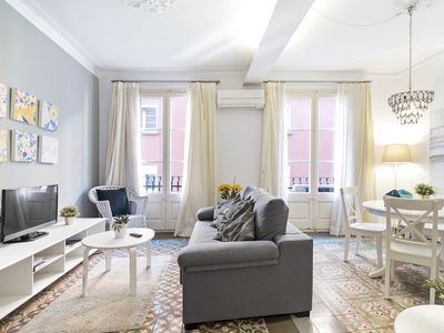 Photo for Lovely and Colorful 2-Bed with balcony in Lesseps.