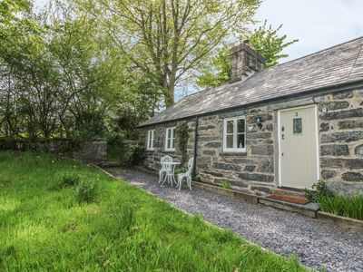 Photo for 3 BRYN YSGOL, pet friendly, with open fire in Ysbyty Ifan, Ref 974372