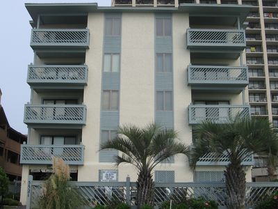 Front view of the 8 unit complex