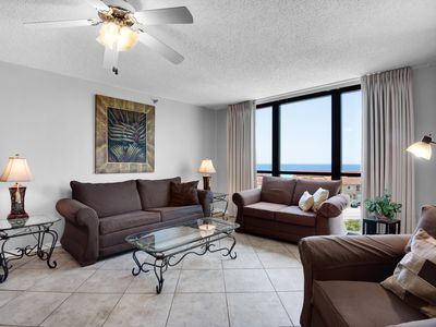 Photo for Gorgeous, welcoming condo in Destin! Walk-in shower! Basketball + volleyball courts on-site!