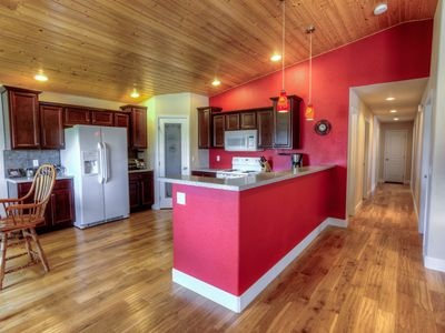 Photo for Quiet, Spacious Relaxing Ranch Home.