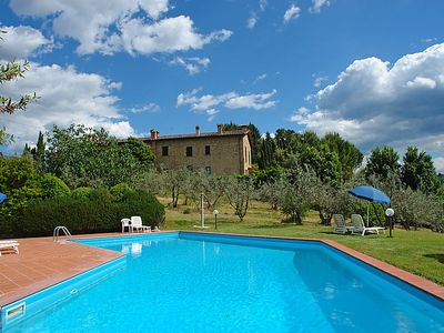 Photo for 1BR Apartment Vacation Rental in Gambassi