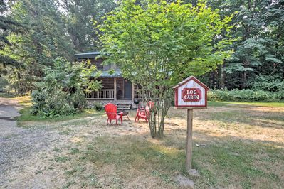 Escape to the woodlands of Packwood when you stay at this vacation rental cabin!