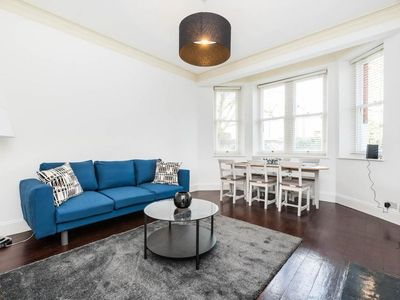 Photo for Super Exclusive 3 Bedroom Flat Heart of Chelsea